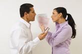 Dọa chồng ly hôn, bất ngờ chồng đồng ý ký roẹt