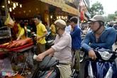 Tiệm heo quay ở Sài Gòn bán hết hơn 200 con trong 3 giờ