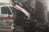 Cả gia đình thoát chết khi xe container đâm vào nhà