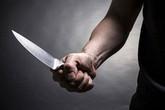 Mâu thuẫn gia đình, chồng cầm dao giết vợ
