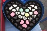 """Chocolate """"ahihi đồ ngốc"""" thu hút giới trẻ mùa Valentine"""