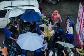 Sự kiện hot của Sơn Tùng: Sân khấu bỏ không, fan chạy tán loạn