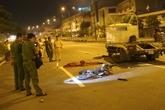 Bỏ chạy ngược chiều khi gặp cảnh sát cơ động, xe máy gây tai nạn kinh hoàng