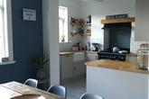 20 ý tưởng thiết kế phòng bếp kiểu mở nhìn là muốn học theo