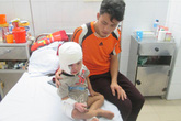 Đằng sau câu chuyện người mẹ tưới xăng vào người con trai khi vừa bỏng nặng