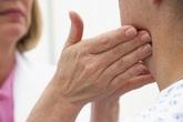 Nếu họng có vấn đề này cần đi khám ngay, đề phòng ung thư