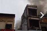 Hà Nội: Ngôi nhà trong ngõ Đình Đông bị thiêu rụi