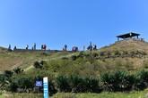 Nhiều nhà nghỉ trên đỉnh Mẫu Sơn bị bỏ hoang