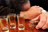 Sảng rượu, bệnh nhân cầm dao đòi chém vợ