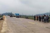 Đi kiểm tra xây dựng nông thôn mới, cán bộ xã bị ôtô tông văng 15 m