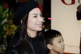 Phi Nhung mặc đồ đen cá tính xuất hiện ở tiệm bánh cùng con trai nuôi