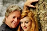 Cô gái trẻ quyết cưới người đàn ông hơn bố mẹ mình 20 tuổi
