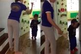Hà Nội: Nhiều bé bị cô giáo mầm non dùng dép đánh vào đầu, nhéo tai chửi mắng gây phẫn nộ