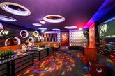 Quán karaoke lo đóng cửa nếu phải gánh phí 2.000 đồng một bài