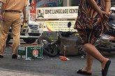 Xe máy lao vào đầu xe tải, thanh niên nước ngoài chết thảm