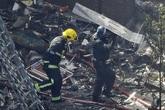 Tòa nhà 27 tầng bị cháy: Lính cứu hỏa kể lại 8 tiếng chữa cháy