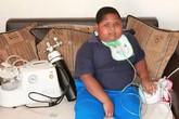 Bé trai 10 tuổi nuốt giấy vệ sinh và bụi đất khi không được cho ăn
