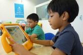 Bố mẹ đuối sức khi dồn hết tiền cho con học trường sang