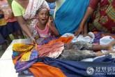 Kinh hoàng: Bé trai 4 tuổi bị cả đàn chó hoang tấn công đến chết