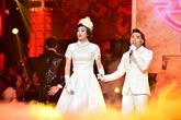 Hoài Linh làm cô dâu, 'đánh ghen' Quang Hà trên sân khấu