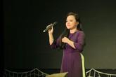 """NSƯT Tố Nga da diết trong đêm nhạc """"Hướng về miền Trung"""" gây quỹ được 420 triệu đồng"""