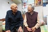 Cặp vợ chồng gần trăm tuổi tiết lộ bí quyết sống lâu