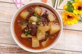 Lạ miệng canh tiết nấu khoai tây