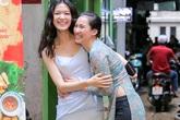 Hoa hậu Thuỳ Dung gợi cảm đến mừng Vương Thu Phương làm bà chủ