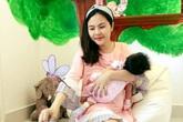 Vân Trang: 'Tôi khóc nhiều hơn từ khi sinh con'