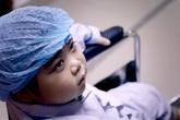 """Các bậc cha mẹ lặng người trước clip """"Hãy bảo vệ sức khỏe giống nòi"""" của MC Phan Anh"""