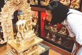 Ngô Thanh Vân sang Nepal để thỉnh Phật vàng