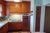 Ngưỡng mộ căn bếp vẫn mới dù 60 năm không cải tạo của bà cụ 91 tuổi
