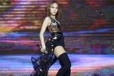 Hồ Ngọc Hà, Minh Hằng được xếp hát cách nhau khi diễn cùng một show