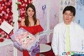 Helen Thanh Đào công khai đưa bồ mới 'ra mắt' chồng cũ