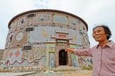 """Cụ già 86 tuổi chi hàng chục tỷ suốt 5 năm xây """"cung điện gốm sứ"""" đẹp như mộng"""