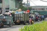 TP.HCM: Người dân phải bỏ nhà, bỏ cửa vì không chịu được mùi hôi thối