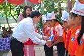 EVN Hà Nội tiếp bước học sinh đến trường