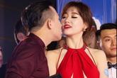 Vợ chồng Hari Won, Trấn Thành hôn nhau trên thảm đỏ