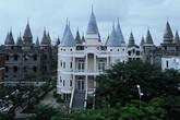 """Dân mạng phát sốt với trường đại học đẹp như """"Học viện phù thủy Hogwarts"""" ở Hậu Giang"""
