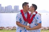 Hồ Vĩnh Khoa bất ngờ làm đám cưới với bạn trai ở Mỹ
