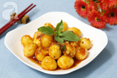 Bữa tối ngon cơm với trứng cút sốt chua ngọt làm chỉ trong 15 phút