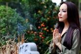 Diễn viên Linh Nga thăm lại ngôi chùa giúp cô thoát khỏi bể khổ