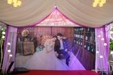 Lê Phương trang trí nhà riêng ở Trà Vinh, chuẩn bị cho đám cưới vào ngày mai