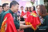 Dàn nghệ sĩ nổi tiếng làm phù dâu, phù rể cho lễ vu quy của Lê Phương