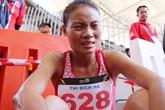 VĐV Việt Nam nhìn đối thủ khóc tức tưởi vì trò 'chạy ở môn đi bộ'