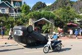 Quảng Ninh: Ô tô mất lái đâm hàng loạt xe máy