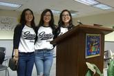 Chị em sinh ba người Việt có điểm số cao nhất trường tại Mỹ