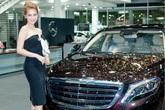 Hết chuyện với đại gia Hoàng Kiều, Ngọc Trinh hâm nóng tên tuổi bằng xe 12 tỷ và điệu nhảy sexy