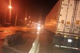 Quảng Ninh: Đâm bay dải phân cách, tài xế container thoát chết