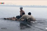 'Thương nhớ ở ai': Bị cắt tóc bôi vôi, thả bè trôi sông vì chửa hoang